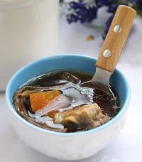 茶树菇炖排骨的做法