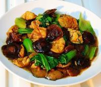 香菇盖菜烧面筋的做法