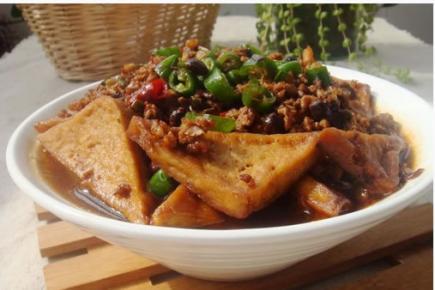 肉沫炖豆腐的做法