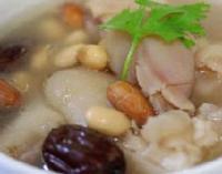 家常眉豆煲猪手汤的做法