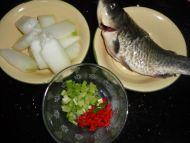 家常菜鲫鱼冬瓜汤的做法