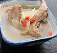 天麻炖鸽子汤的做法