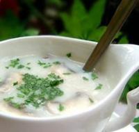 夏季养生汤:鸡蓉蘑菇汤的做法