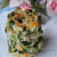 鸡蛋韭菜大米饼的做法