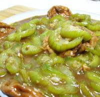 丝瓜烩面筋的做法
