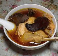 红菇鸡汤的做法