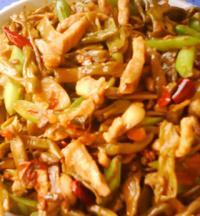 红油豇豆小炒肉的做法