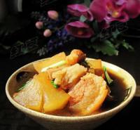 白萝卜焖肉的做法