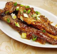 芝麻酱烧小黄鱼的做法
