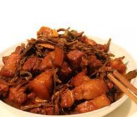 干豇豆红烧肉的做法