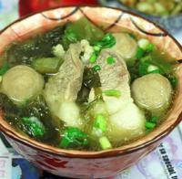 肉丸猪肉煲咸菜的做法