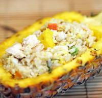 菠萝鸡炒饭的做法