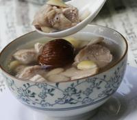 川贝杏仁猪肺汤的做法