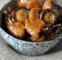 香菇黄焖鸡的做法