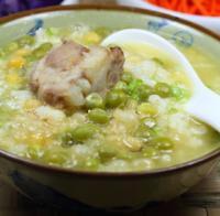 三蔬排骨豆汤饭的做法