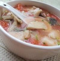 番茄鲢鱼汤的做法