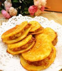 土豆片夹肉饼的做法