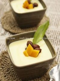 家常菜 牛奶炖蛋的做法