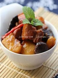 土豆香菇烧肉的做法