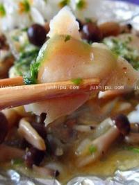 蟹味菇炒鱼片的做法