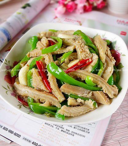 青椒炒牛肚的做法 jushipu.com