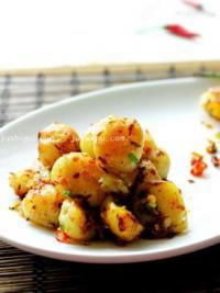 特色小吃 孜然椒盐小土豆的做法