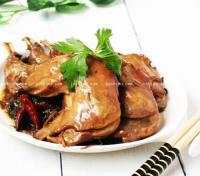 家常菜 梅干菜卤兔腿的做法