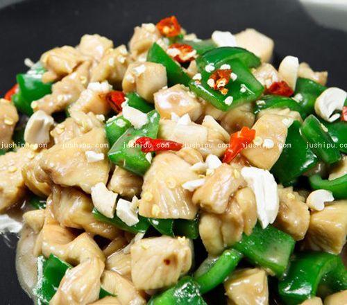 蚝油青椒鸡丁的做法 jushipu.com