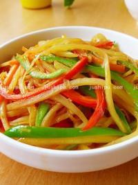 家常菜双椒土豆丝的做法