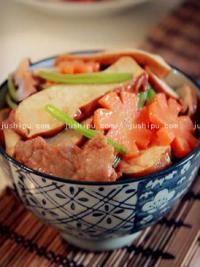 芹菜香干炒肉片的做法