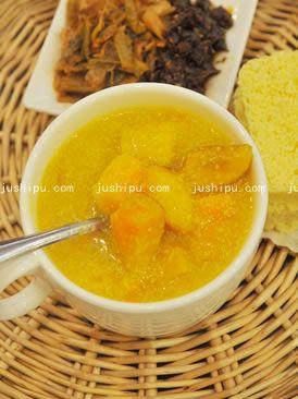猪肠 红薯玉米粥的做法
