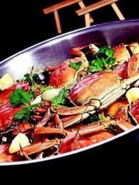 铁锅蒜子河蟹的做法