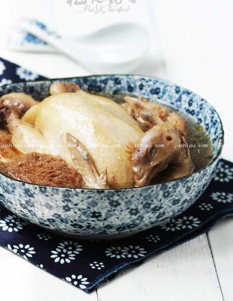 黑茶炖土鸡的做法 jushipu.com