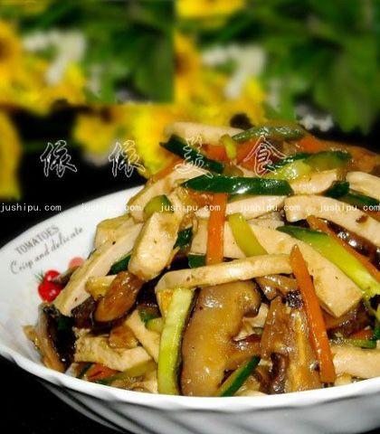 冬菇炒豆腐干的做法 jushipu.com
