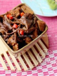 下饭菜 茶树菇烧肉的做法