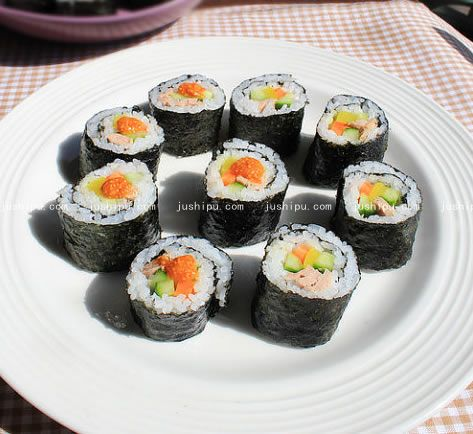 金枪鱼寿司的做法 jushipu.com
