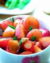 青蒜烧小萝卜的做法