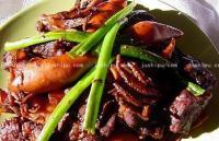 肉炖小鱿鱼的做法